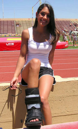 Thumbnail image for allison-stokke 4.jpg