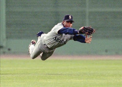 Griffey's catch.jpg