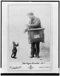 Organ_grinder_with_monkey.jpg