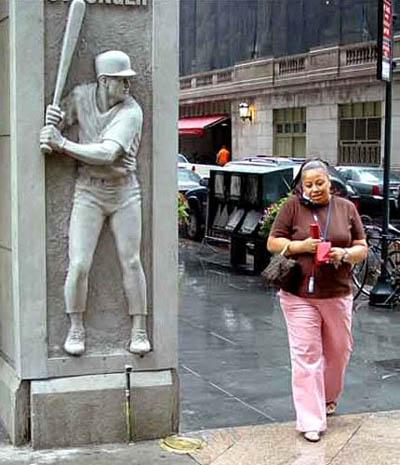 baseball statue.jpg