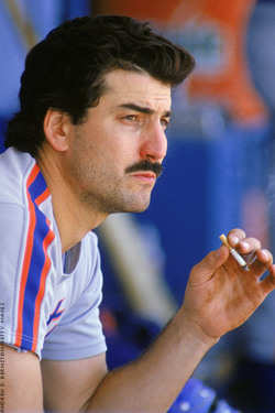 keith hernandez smoking.jpg