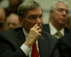 bud selig picking nose.jpg