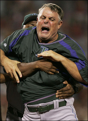 lou piniella fighting.jpg